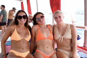 Ibiza: 3-Hour All-Inclusive Boat Trip