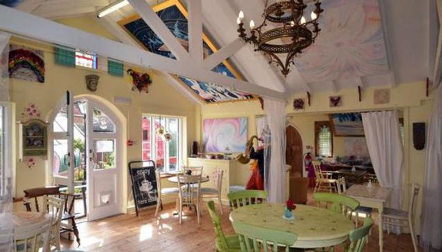 The Rainbow Cafe and Art Gallery