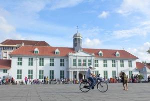 Jakarta: Old Batavia Guided Coach Tour