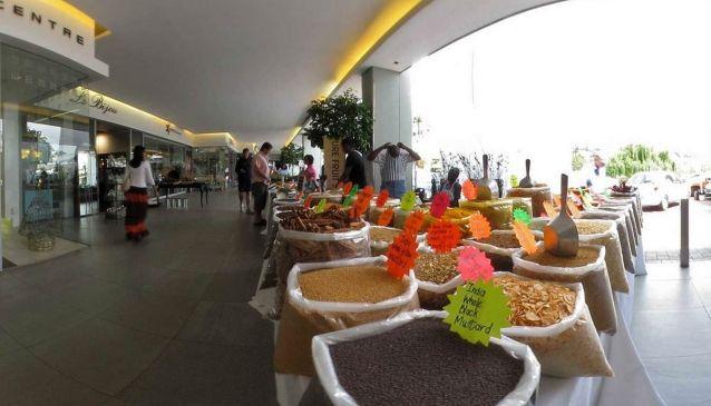 Blubird Whole Food Market