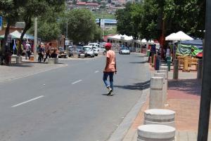 From Johannesburg: Pretoria, Soweto & Apartheid Museum Tour