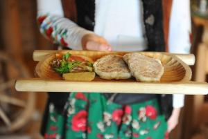 3-Hour Guided Secret Foodies Tour