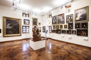 Krakow: Center for European Culture - Paintings Exhibition
