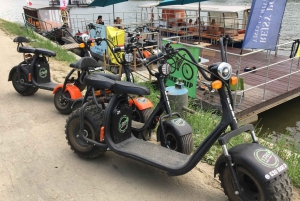 Krakow: Electric Scooter Tour of the City