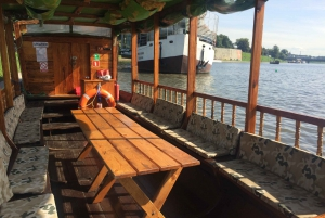 Krakow: Evening Cruise with a Glass of Wine