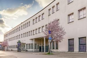 Krakow: Kazimierz Jewish Quarter Walking Tour