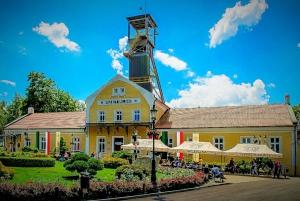 Krakow: Wieliczka Salt Mine Guided Tour with a Private Car