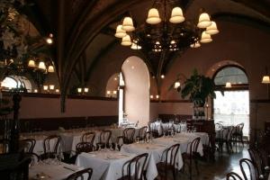 szara restaurant 3