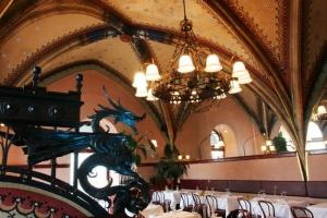 szara restaurant 5