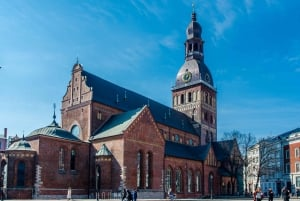 Private Riga Old Town Walking Tour with Organ Music Concert