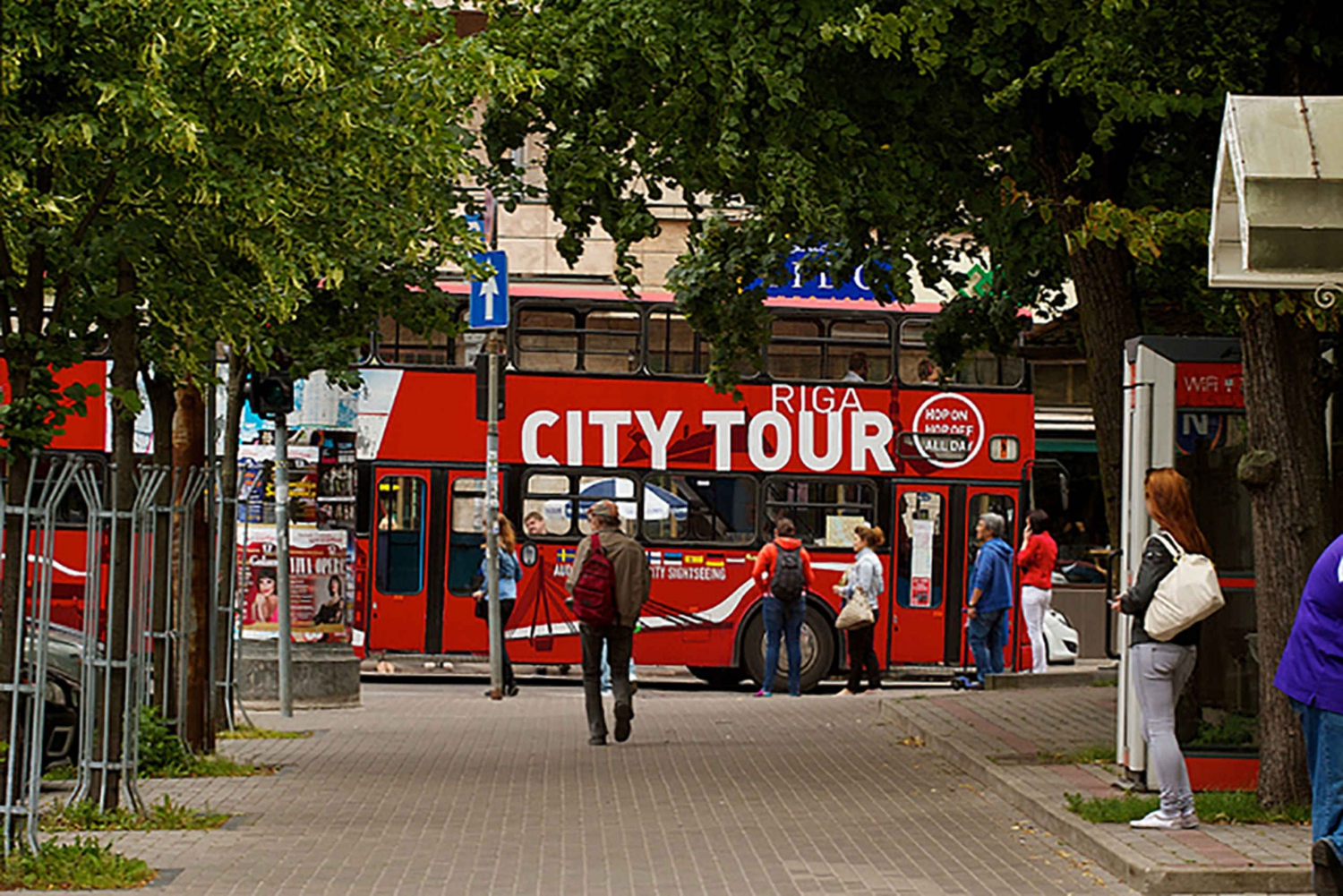 Red Buses Riga Hop-on Hop-off Bus