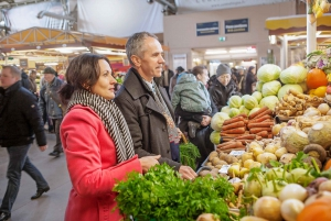 Riga: Culture and Food Tasting Tour