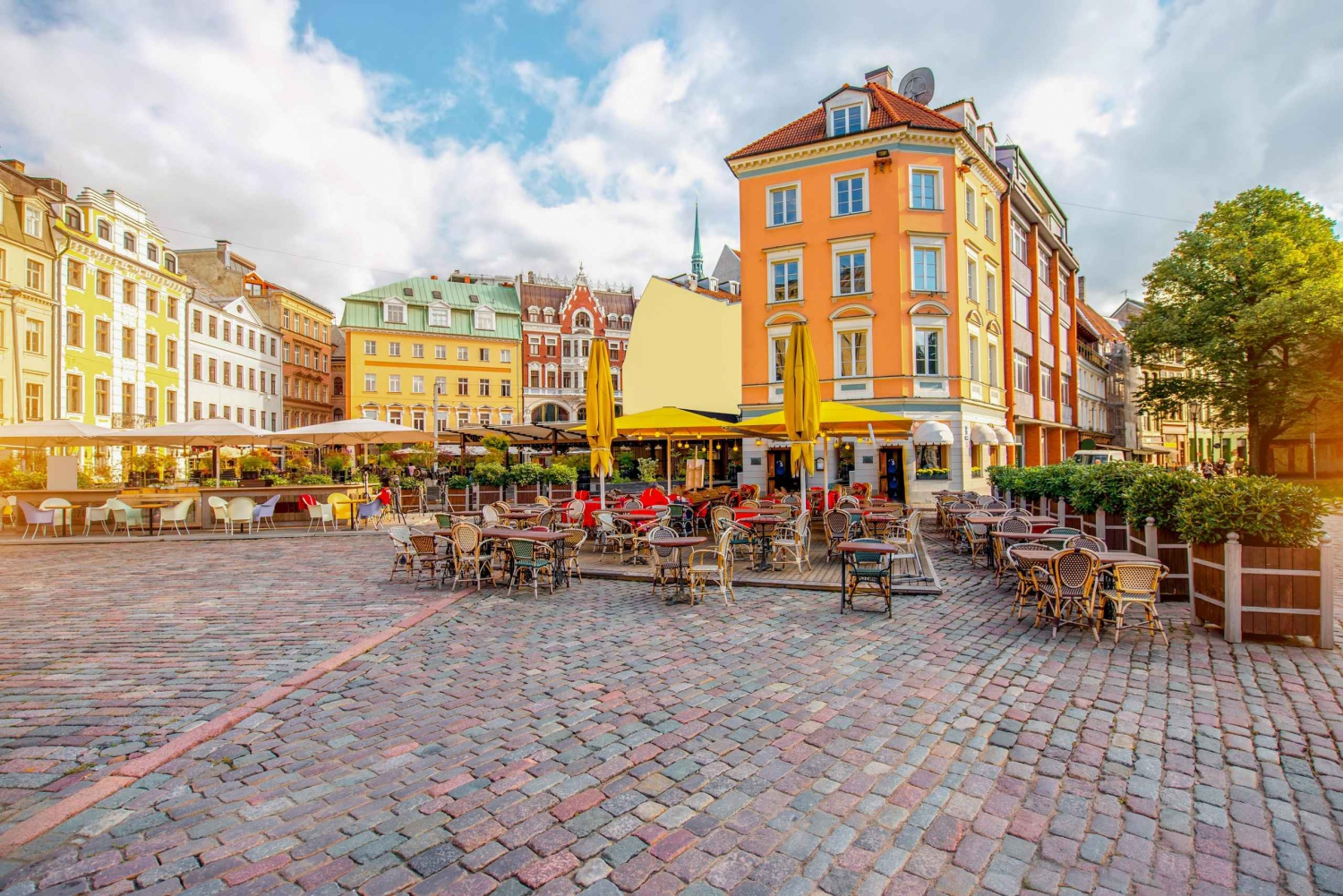 Riga: Food and Culture 4 hour Walking Tour