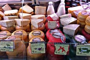 Riga: Food Tasting Tour of Central Market