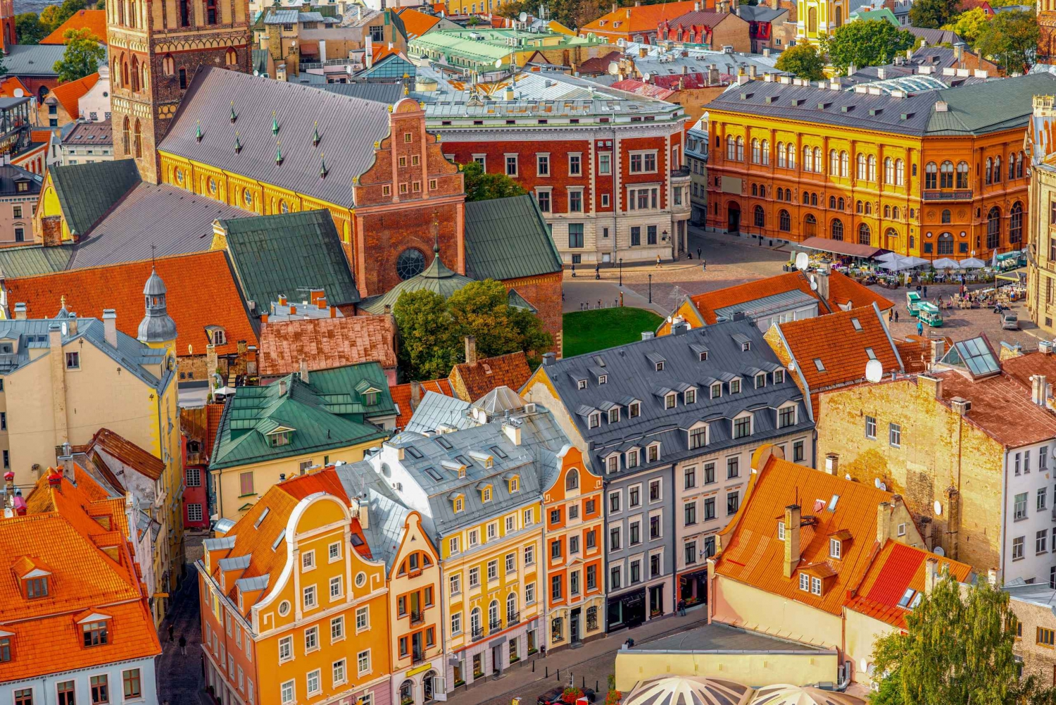 Riga: Private Tour with a Local Guide