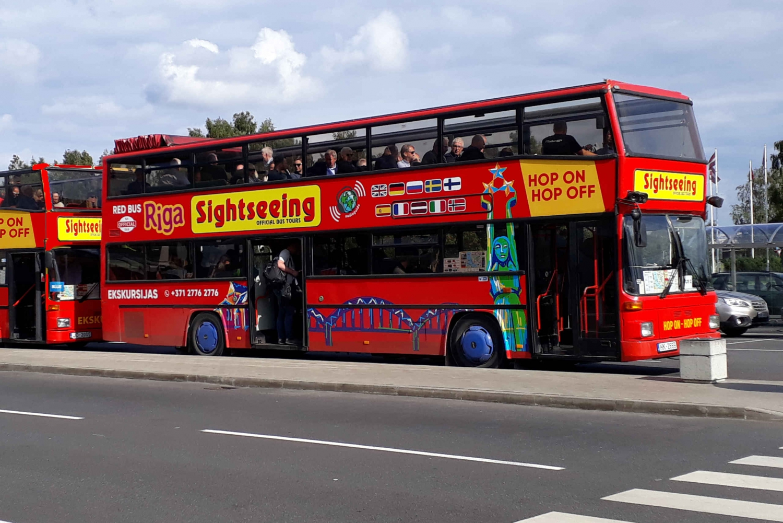 Riga: Red Bus Hop-on-hop-off Grand Tour