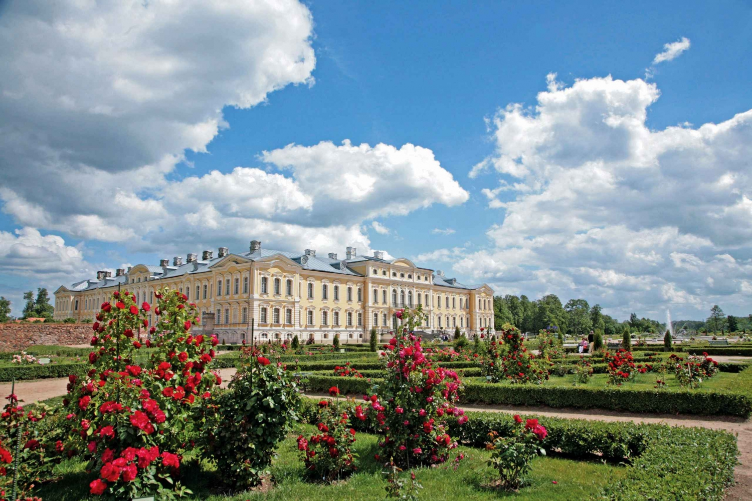 Rundale Palace Private Tour from Riga
