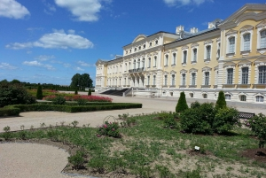 Trip from Vilnius to Riga: Hill of Crosses & Rundale Palace