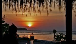 Adeng-Adeng Beach Bar