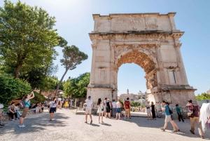 Fast-Track Colosseum Arena, Roman Forum, Navona Private Tour