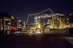 Hamburg: Speicherstadt and HafenCity 2-Hour Tour