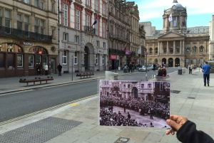 Liverpool: Beatles and City Walking Tour