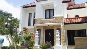 Lombok Property