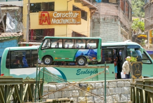 Machu Picchu: Round-Trip Bus Ticket from Aguas Calientes