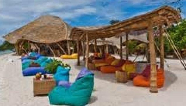Pearl Beach Lounge