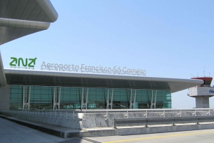 Porto: Private Transfer Between Airport and City Center