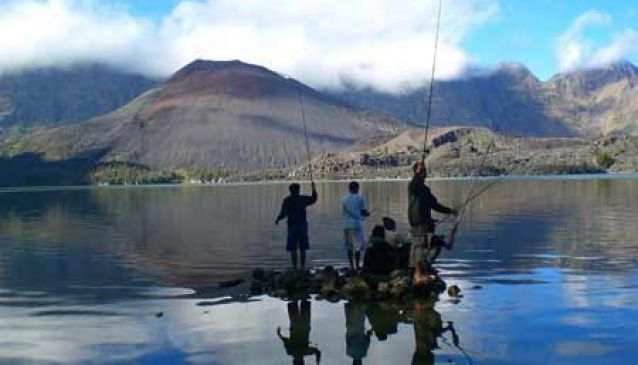 Rinjani Trek Tour and Travel