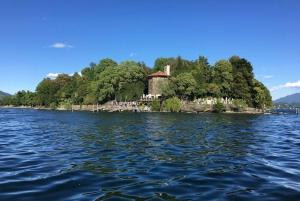 Stresa: 1-Day Borromean Islands Hop-On Hop-Off Boat Tour