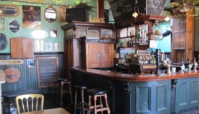 A Look at Islington's Fringe and Theatre Pubs