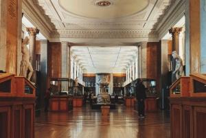 British Museum & Camden Town 3.5-Hour Group Tour in Italian
