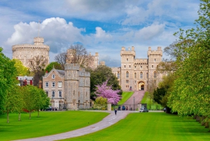 From Full-Day Windsor, Stonehenge & Oxford Tour