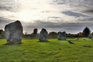 From London: Avebury and Stonehenge Small-Group Tour
