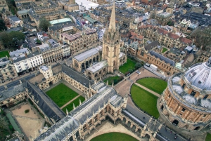 From London: Oxford, Stratford & Cotswolds Tour in Spanish