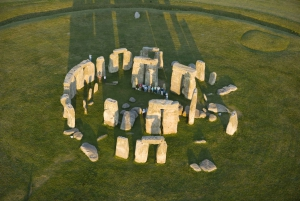 From London: Stonehenge Inner Circle and Windsor Day Trip