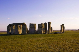 From London: Stonehenge Special Access Morning Tour