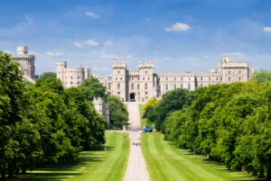 From London: Stonehenge, Windsor & Bath Small Group Day Tour