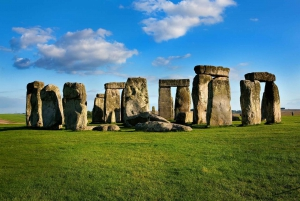 From Stonehenge, Stratford-Upon-Avon, Bath, Cotswolds