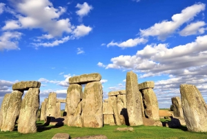 From Windsor, Stonehenge & Bath Private Car Tour