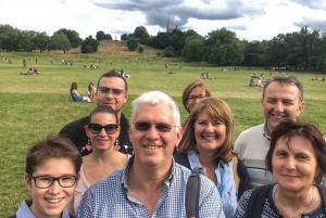Italian Tour of Greenwich with Thames Cruise