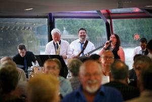 London: 3-Hour Thames Jazz Dinner Cruise