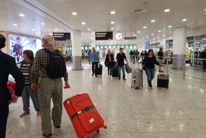 London Airports: Shared Transfer to London Hotels