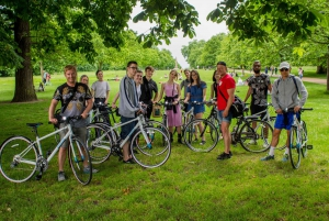 London Essentials: 3.5-Hour Morning Bike Tour