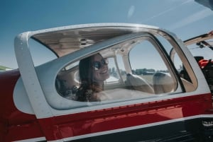 London: Sightseeing Trip in a Private Plane