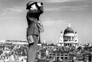 London: Small-Group Wartime & Spy Experience
