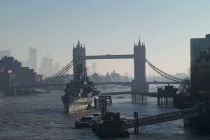 London Vintage Bus Tour, Thames Cruise, Fish & Chips