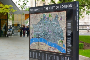 London: Walk the City With a Certified Guide in German
